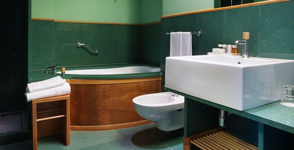 Detalle del baño de su habitción