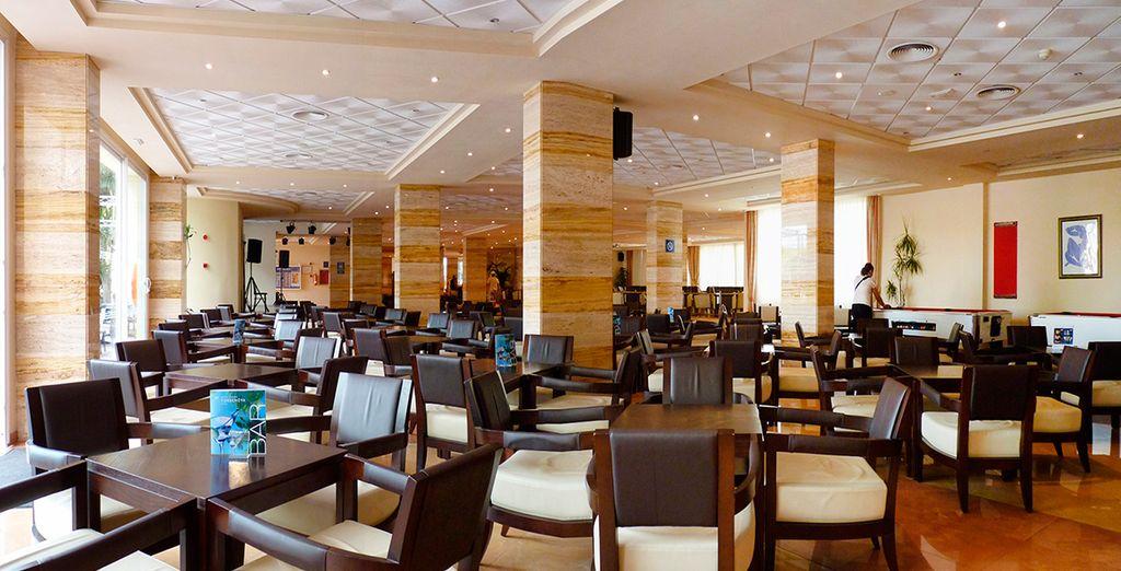 Deguste la mejor gastronomía mediterranea en su restaurante