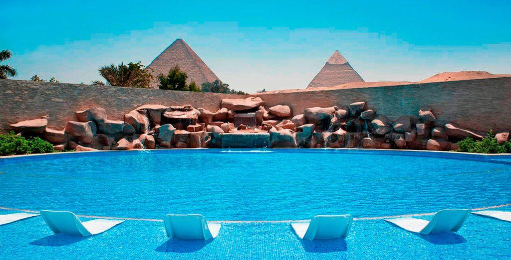 En su estancia en El Cairo se alojará en el fantástico hotel Meridien Pyramids 5*