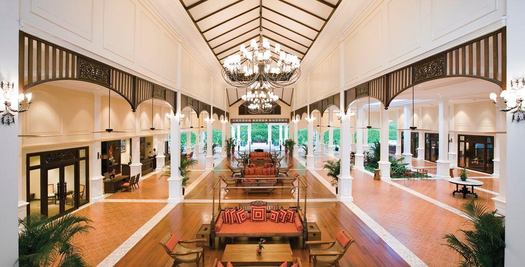 Los interiores de este hotel son de aire colonial francés