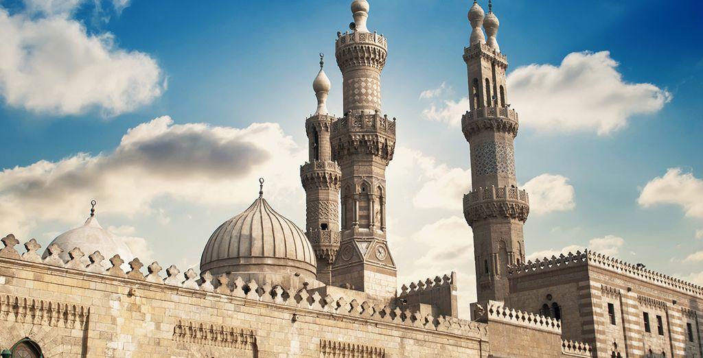 El quinto día tomará un vuelo hacia la capital, El Cairo