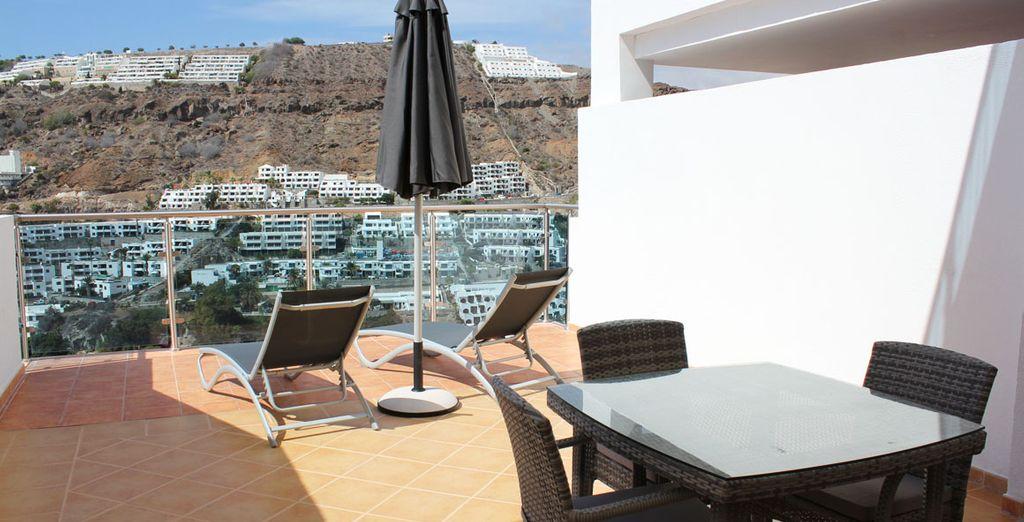 Disfrute del sol y de las vistas en su terraza privada