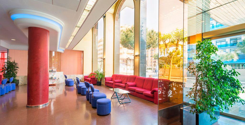 Hotel Blaumar 4* decorado en estilo contemporáneo
