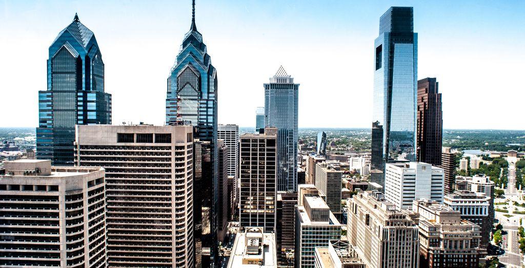 Es la quinta ciudad más poblada de Estados Unidos y una de las más animadas