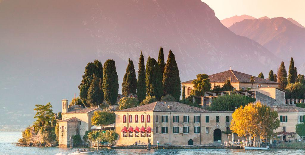 A orillas del Lago di Garda se encuentra Sirmione