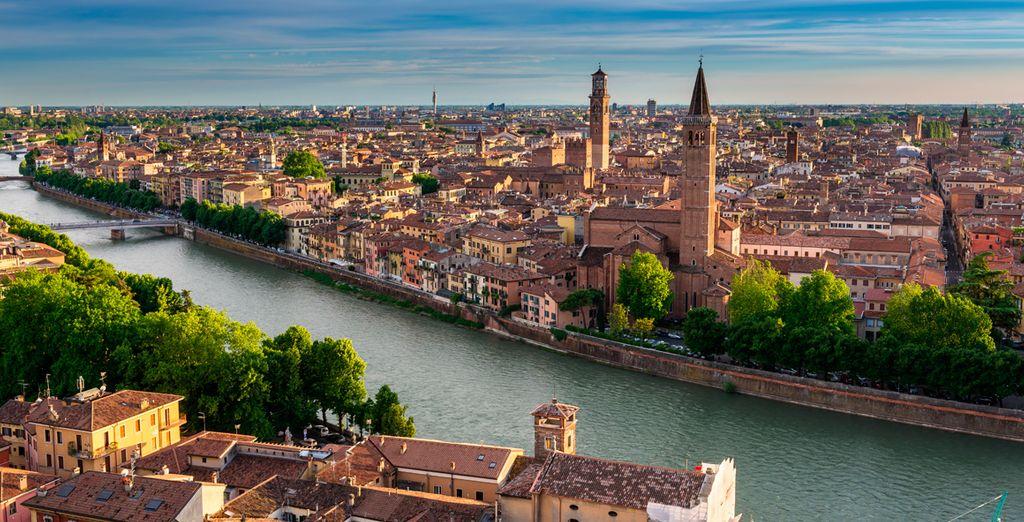 Déjese enamorar por la belleza de Verona, conocida como la ciudad más romántica de Italia