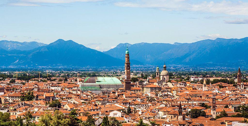 Conocida también como la Ciudad de Palladio, famoso arquitecto que trabajó en numerosas obras de la ciudad