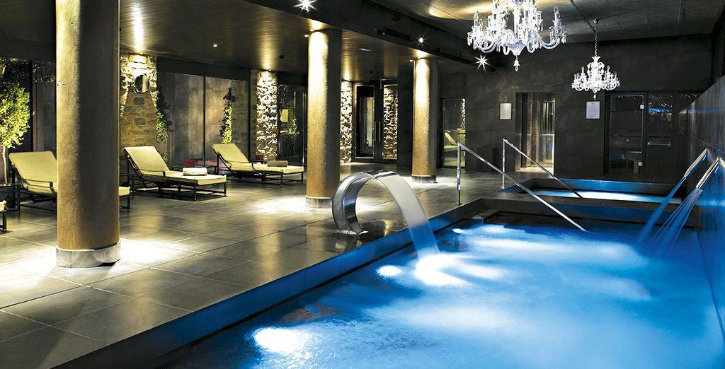También podrás disfrutar del Spa y los tratamientos que éste ofrece