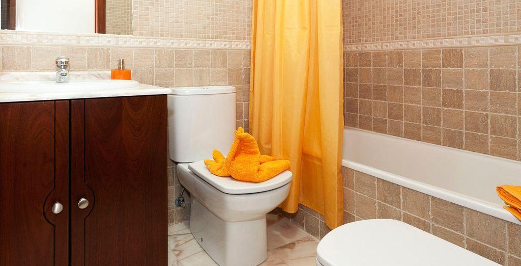 Los baños equipados hasta el último detalle
