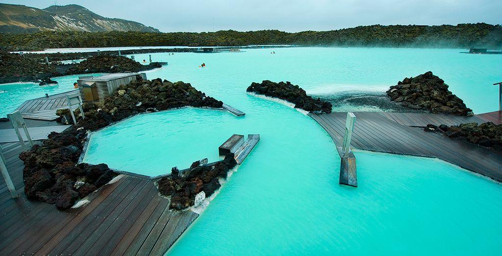 Conocerás lugares increíbles, dispondrás de entrada a la Laguna Azul