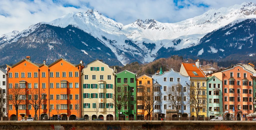 Los Alpes custodian la ciudad de Innsbruck