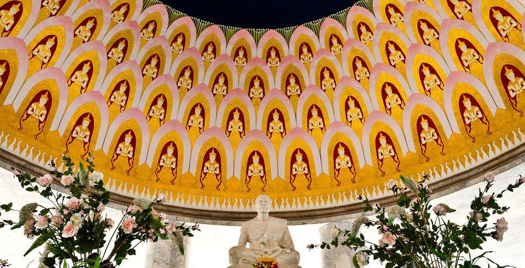 Admira Nakhon Pathom, una escultura de mármol con discípulos budistas