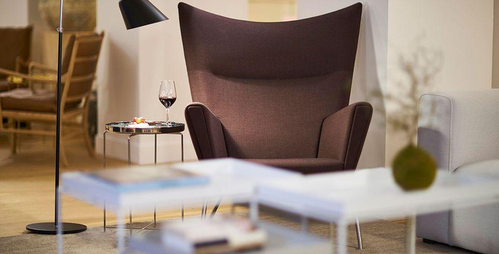 Podrás saborear una deliciosa copa de vino francés