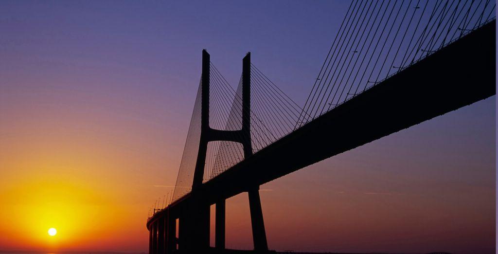 Descubre el Puente Vasco da Gama