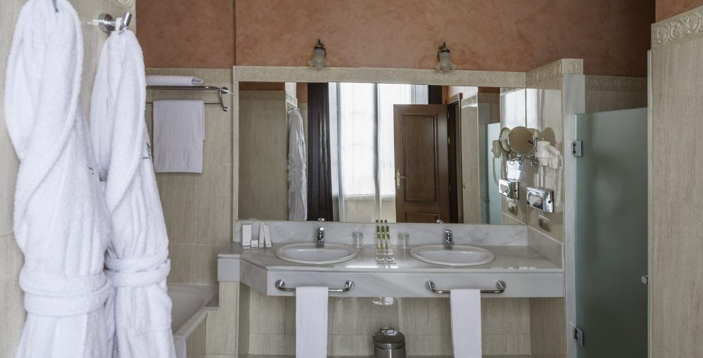 Dispone de baño privado totalmente equipado