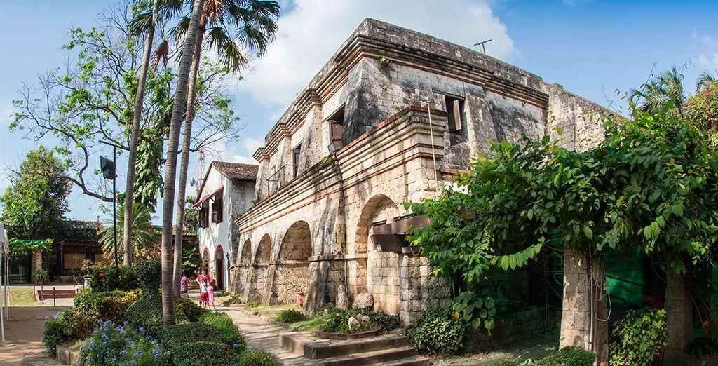 Acércate a conocer el Fuerte Santiago, en el distrito de Manila