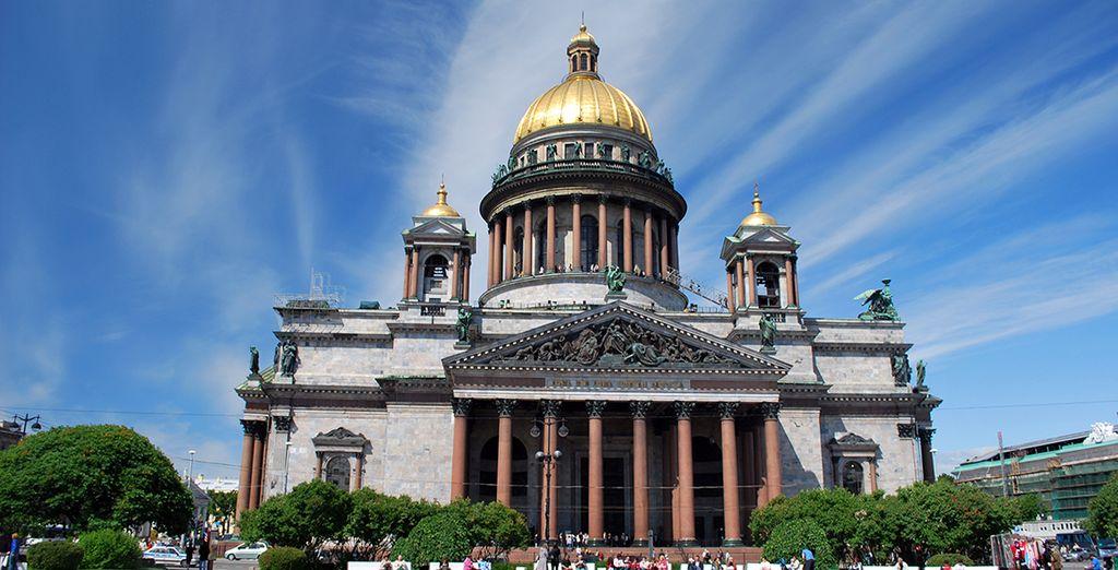 Visita la Catedral de San Isaac en San Petersburgo