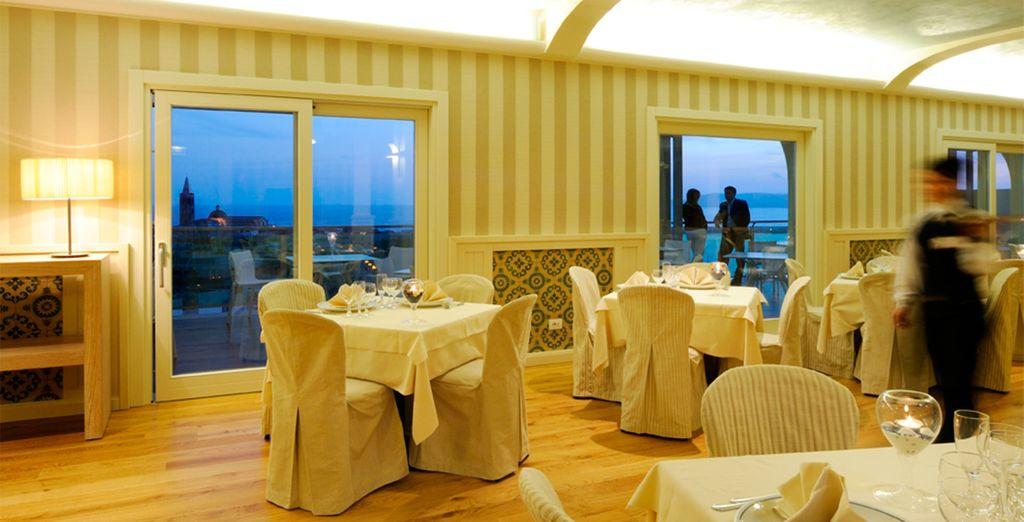 Amplios salones decorados con un gusto exquisito