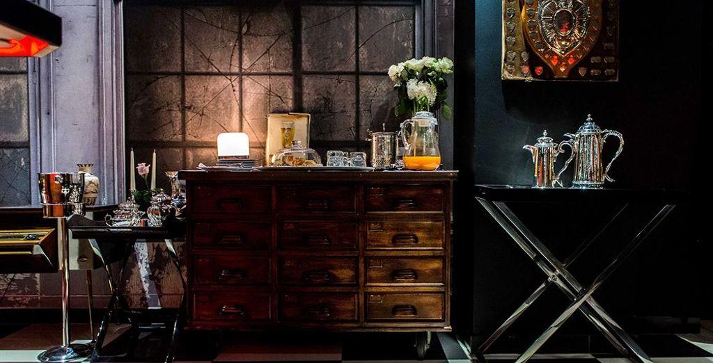El mobiliario antiguo le da un toque vintage