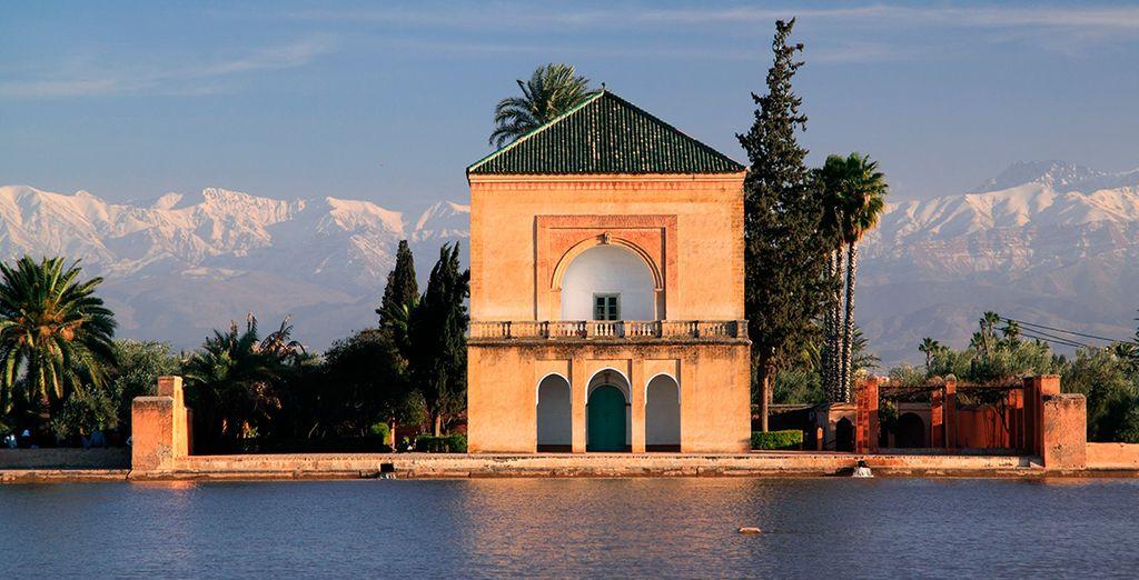 Visita el hermoso Palacio Menara, y sus jardines