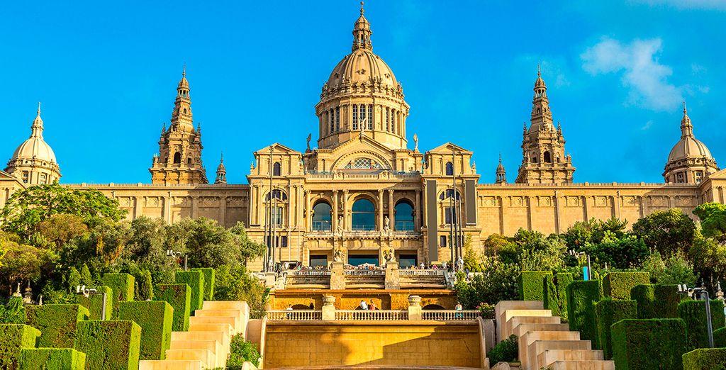Barcelona, una ciudad llena de asombrosa arquitectura y romanticismo