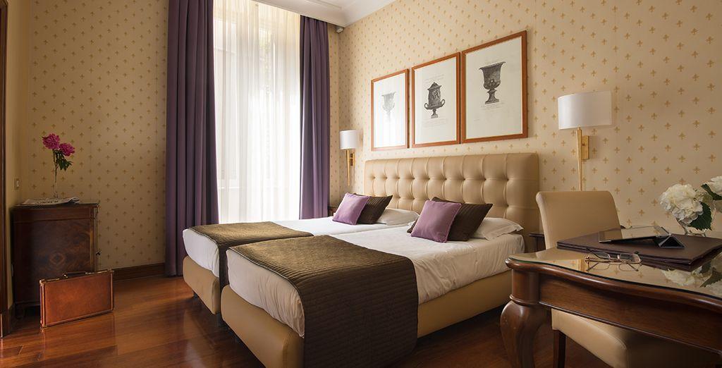 Las habitaciones son lujosas y están decoradas con tejidos de alta calidad