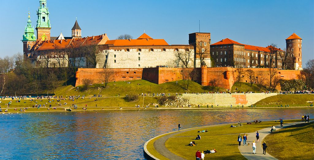 El Castillo Real de Cracovia preside la colina de Wawel
