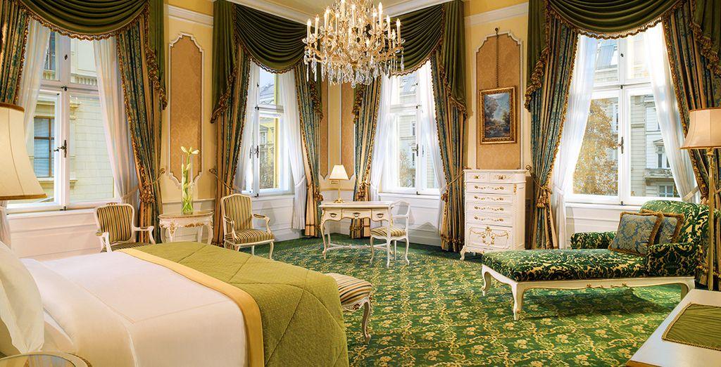 O escoge descansar en la majestuosa Junior Suite Imperial