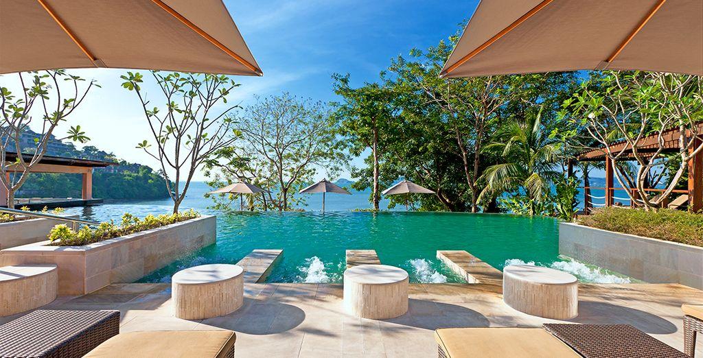 Relájate en The Westin Siray Bay Resort & Spa 5*