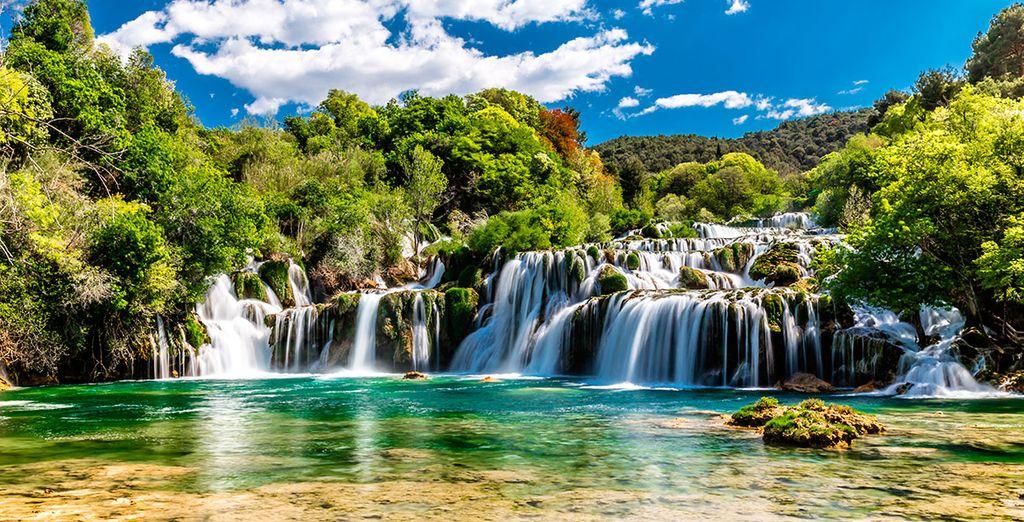 Ponemos rumbo al Parque Natural de Plitvice, considerado como uno de los más bonitos del mundo