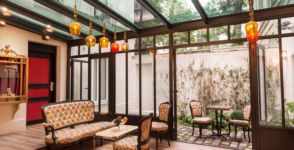 El lugar perfecto para experimentar el ritmo de la vida parisina - Hotel Sacha by Happyculture París