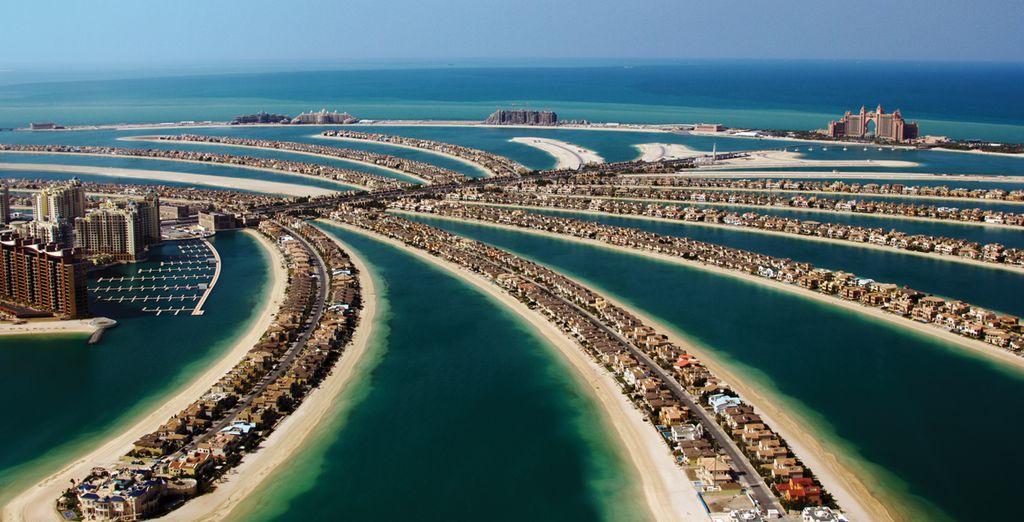 Explora las playas de arena blanca de Dubai