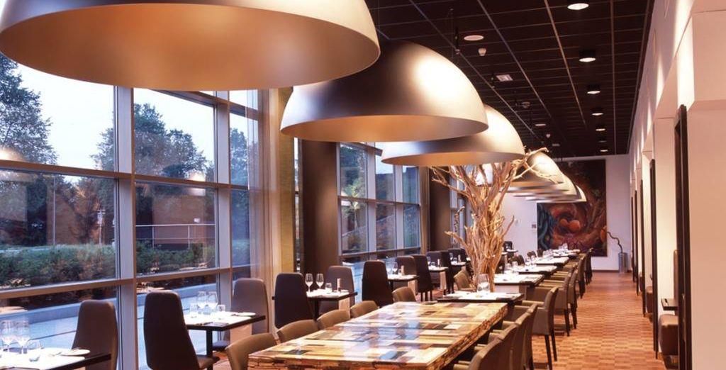 El restaurante y bar están inspirados en su diseño y carta en las vanguardias artísticas popularizadas por Piet Mondrian