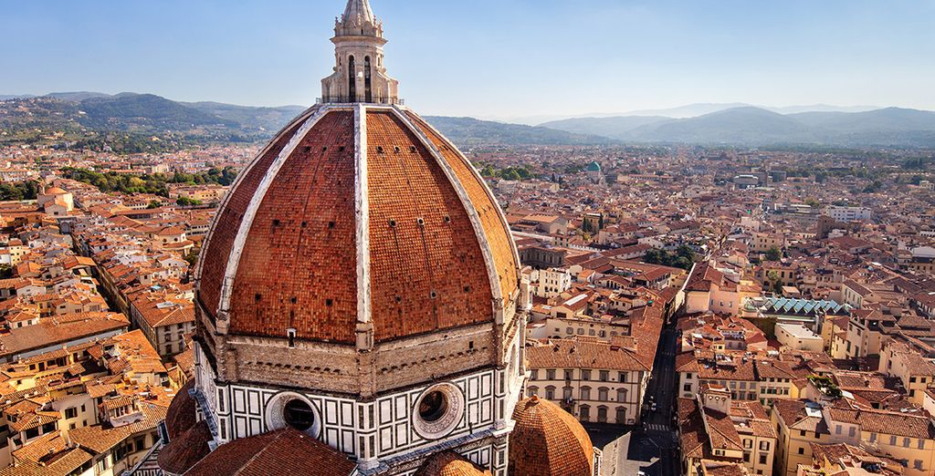 Acércate a Florencia
