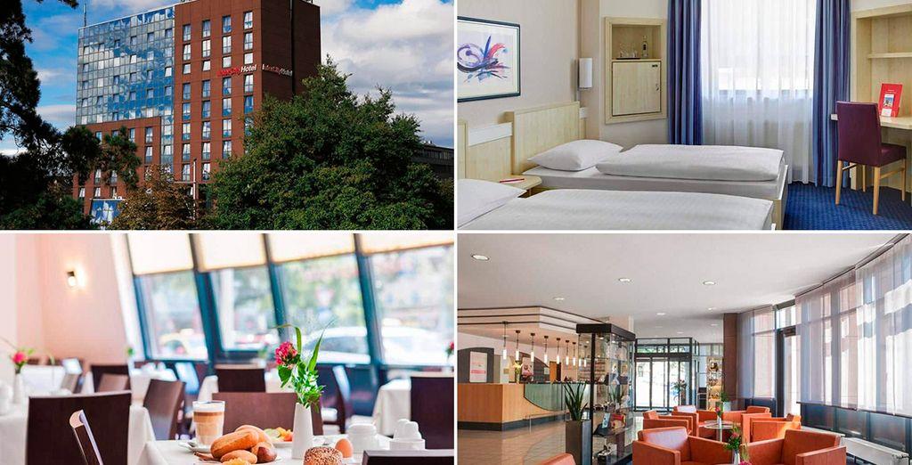 En Friburgo te alojarás en el Hotel Intercity Hotel 3* (o similar)