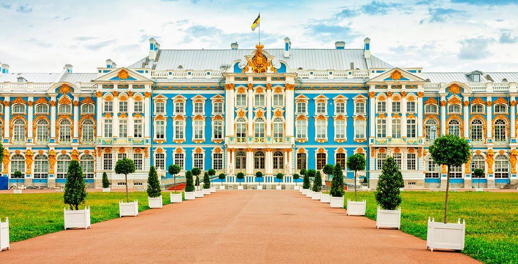 No te pierdas la visita opcional al palacio de Catalina en Pushkin