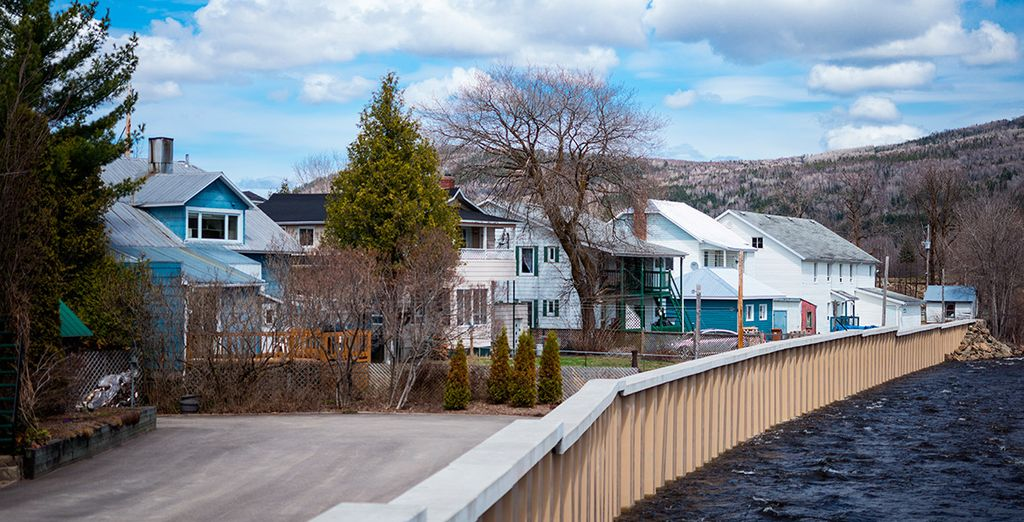 Visitaréis el bello poblado de Baie de Saint Paul...