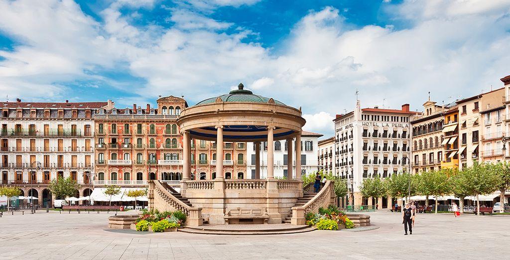 La Plaza del Castillo, centro importante de la ciudad