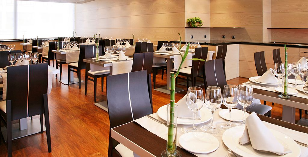 Degusta una gastronomía selecta, equilibrio perfecto en los menús y en la selección de vinos
