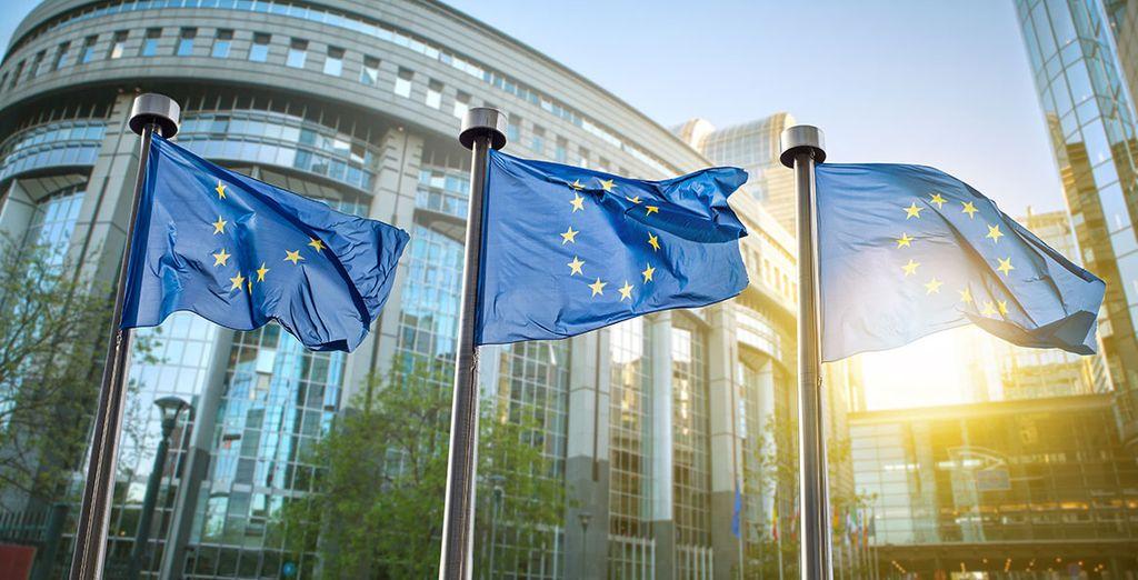 Tu hotel se encuentra a poca distancia del Parlamento Europeo