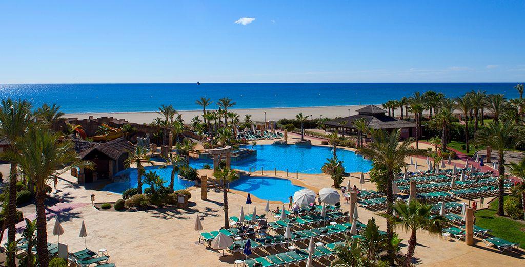 Situado en la Costa de Almería