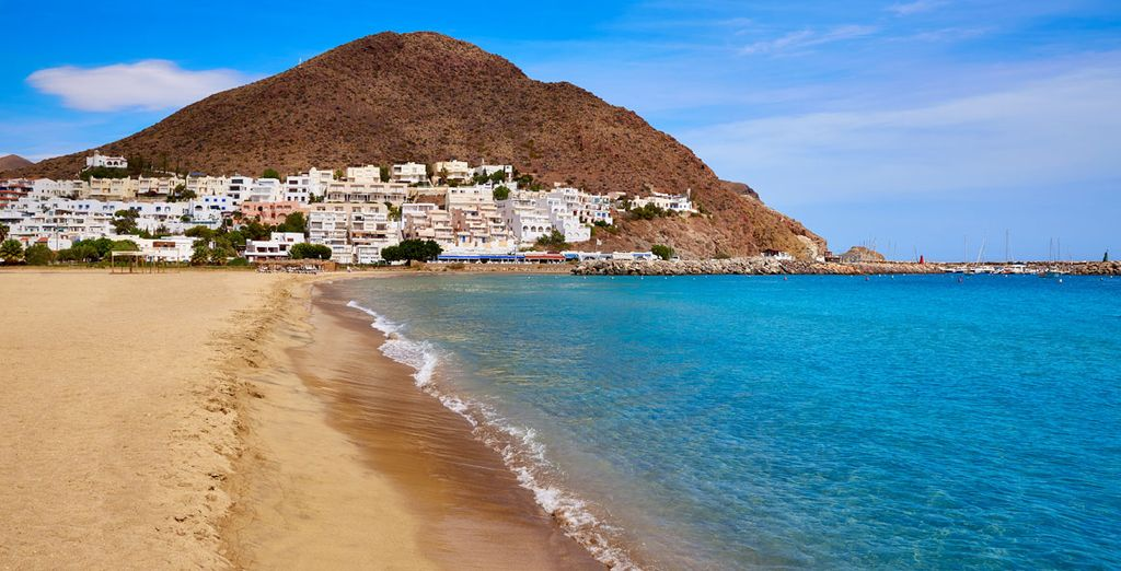 ¡La costa almeriense y las playas de Cabo de Gata te esperan!