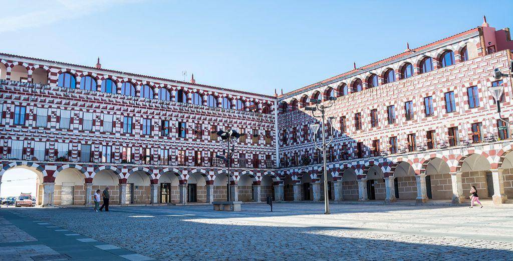 De camino a Estremoz, realiza una parada en Badajoz...