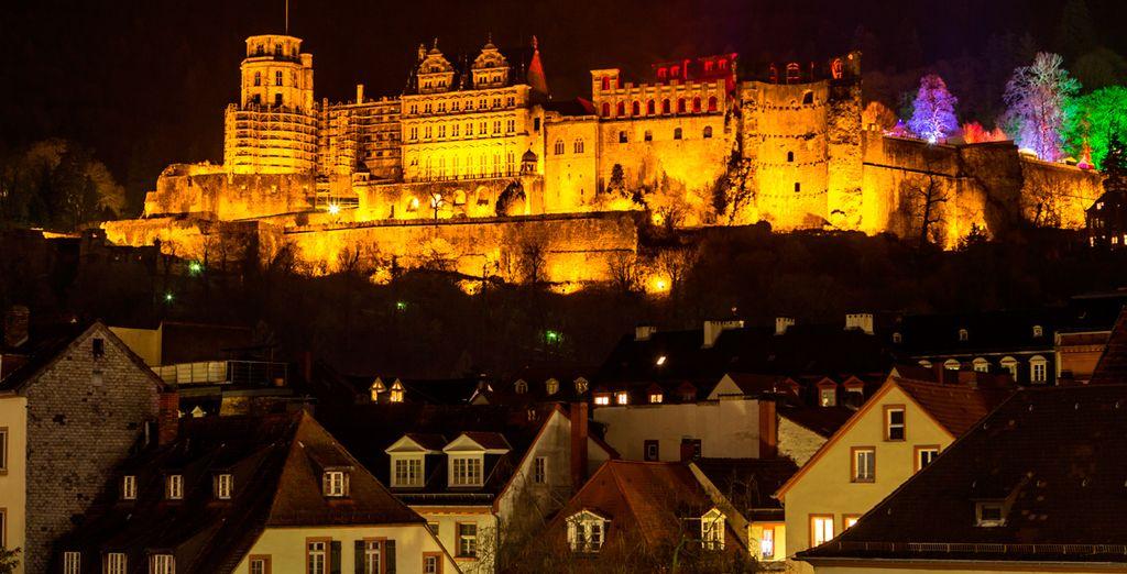 Visitarás el castillo acompañado de un guía local quien contará la historia de esta fortaleza medieval