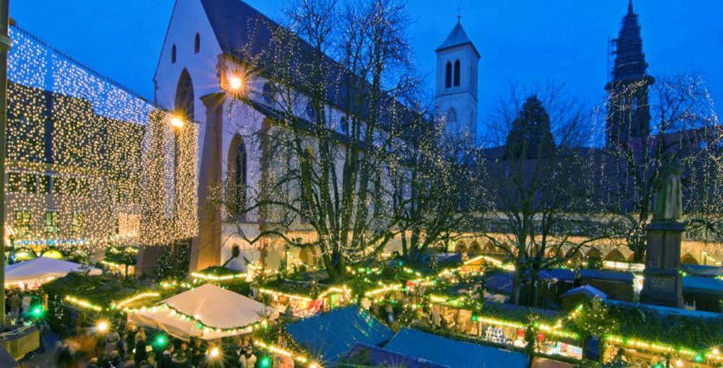 Friburgo, su mercado de Navidad presenta muestras de artesanía tradicional