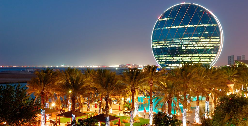 El tercer día podrás aprovechar para conocer Abu Dhabi