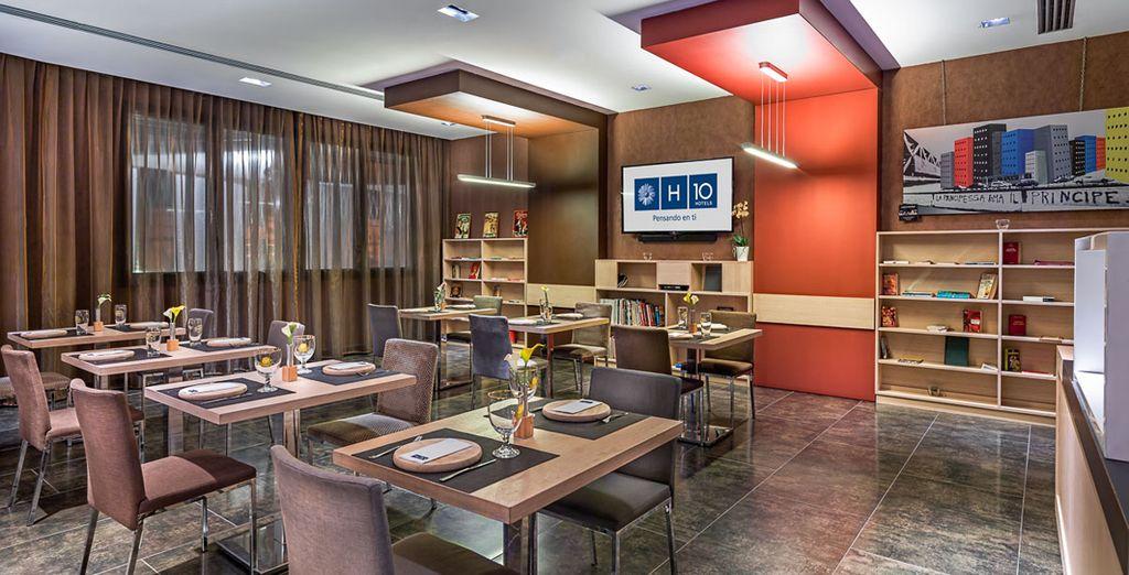 Una variada oferta gastronómica mediterránea e internacional en su restaurante Uno Zero Uno