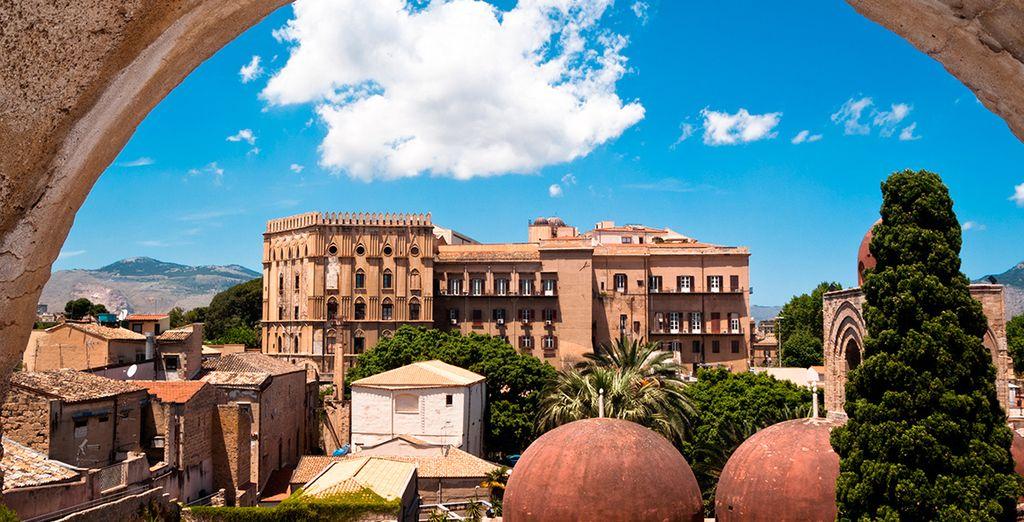 Palermo, con vistas panorámicas al palacio normando y las cúpulas de San Giovanni Eremiti