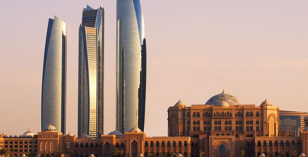 El skyline de Abu Dhabi te maravillará