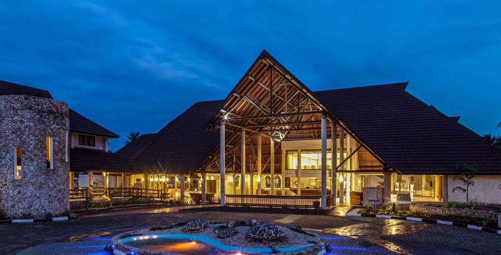 Comienza tu aventura en Amani Tiwi Beach Resort 5*
